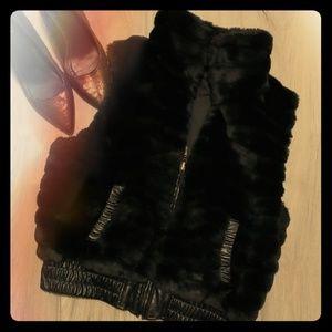 YBS Reversible black Faux fur vest